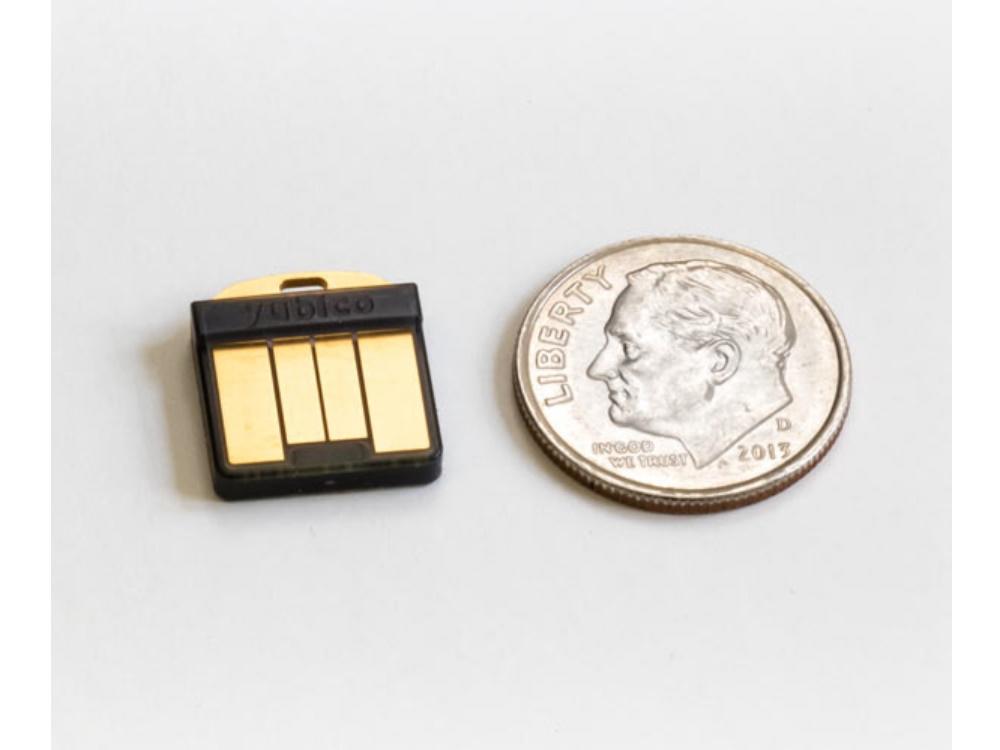 64647_Yubico-YubiKey-5-Nano-USB-A-2.jpg