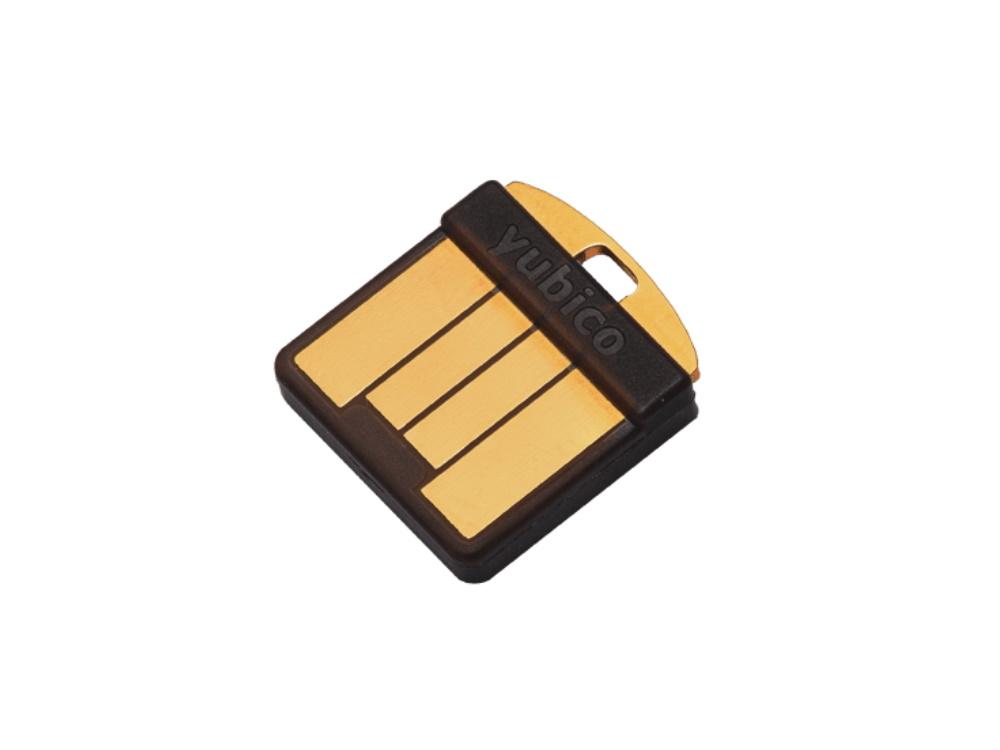 64647_Yubico-YubiKey-5-Nano-USB-A.jpg