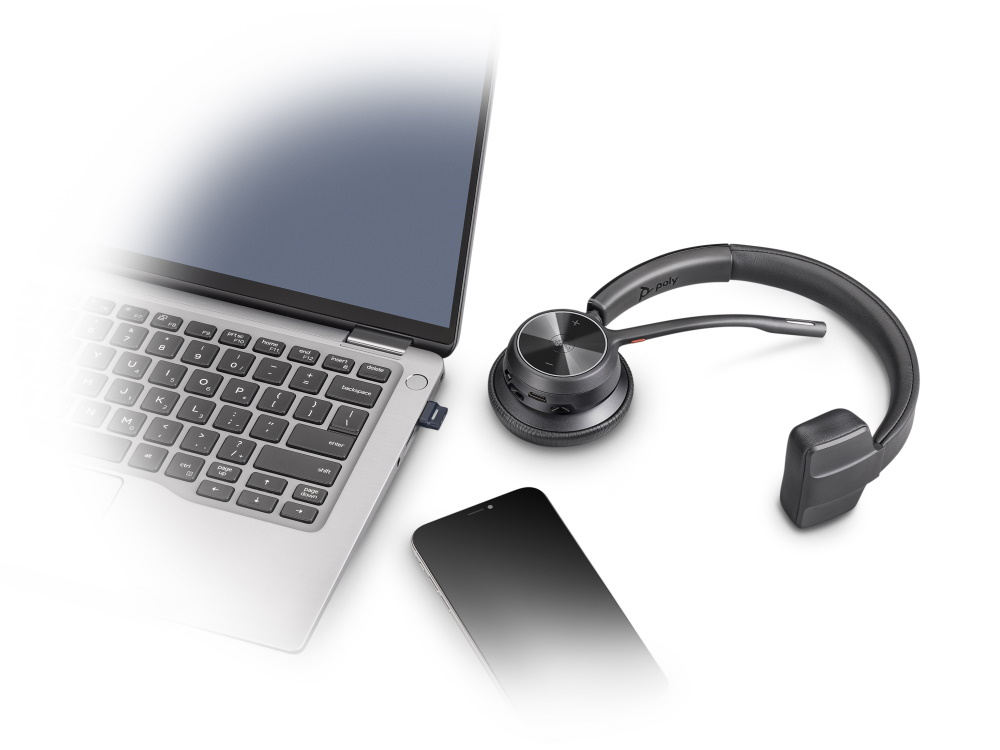 75013_Poly-Voyager-4310-M-USB-C-Bluetooth-Headset-6.jpg
