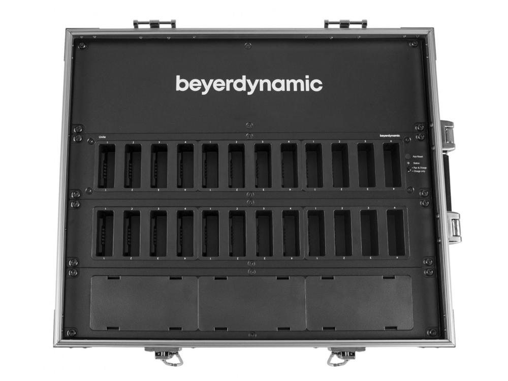 beyerdynamic-unite-cc-24p-cockpit-charching-carrying-case-2.jpg
