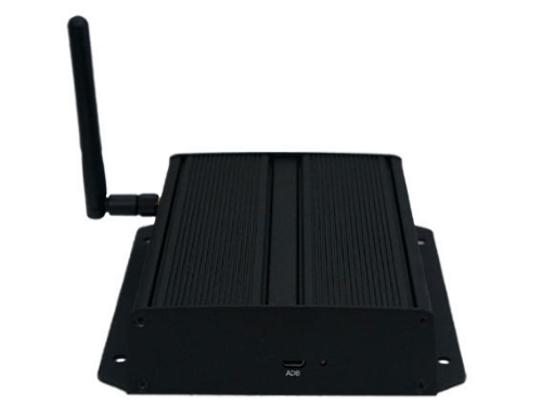 iadea-xmp-7300-media-player-2.jpg