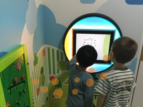 ikc-play_bubble_playtouch_led_4.jpg