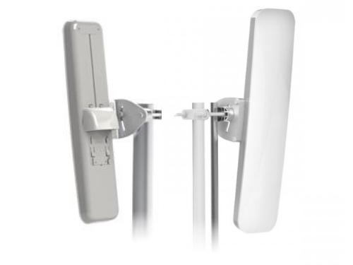 rf-elements-secm2120-front-back-120-antenna.jpg