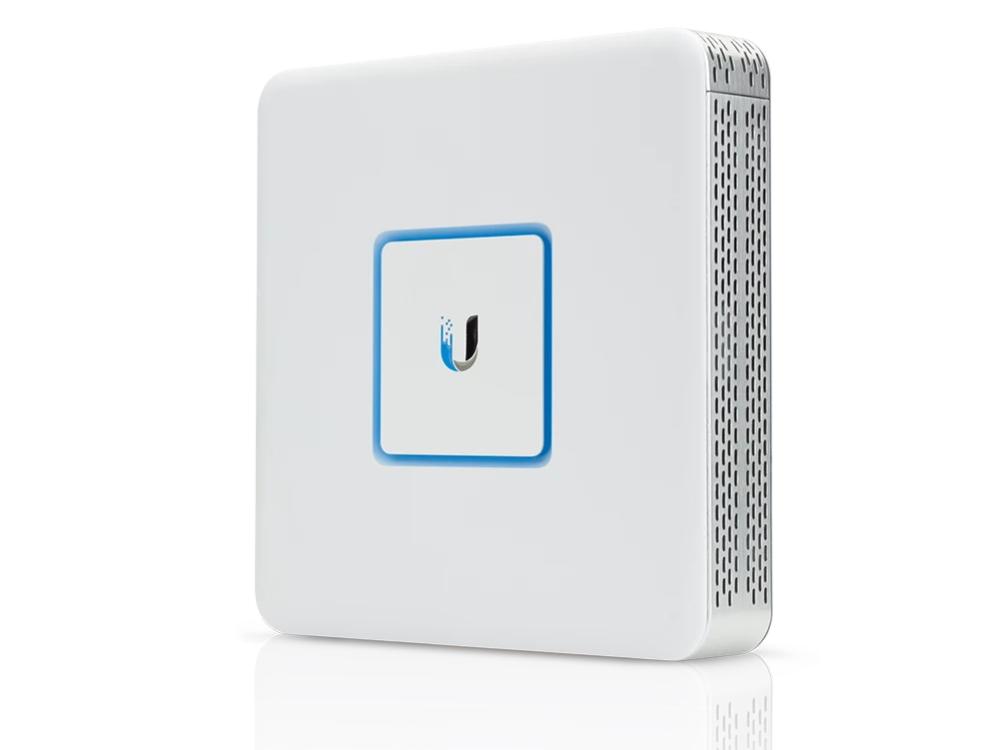 ubiquiti-ubnt-usg-3.jpg