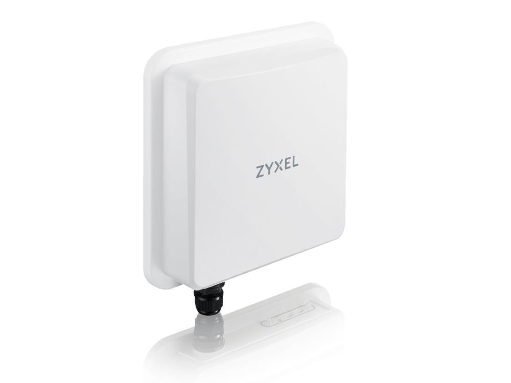 zyxel-nr7101-2.jpg